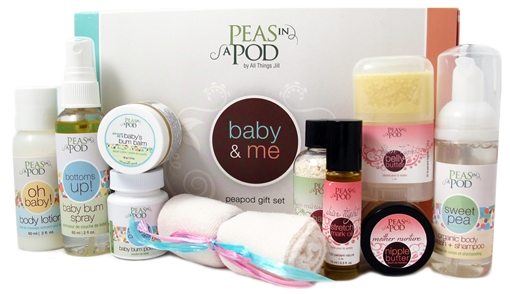 Picture of Peas In A Pod Baby & Me Peapod Gift Set
